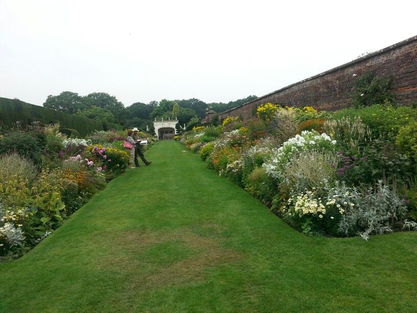 Herbaceous border arley