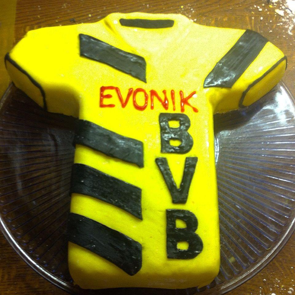 Bvb Trikot Kuchen Mit Fondant Kuchenideen Cake Und Dortmund