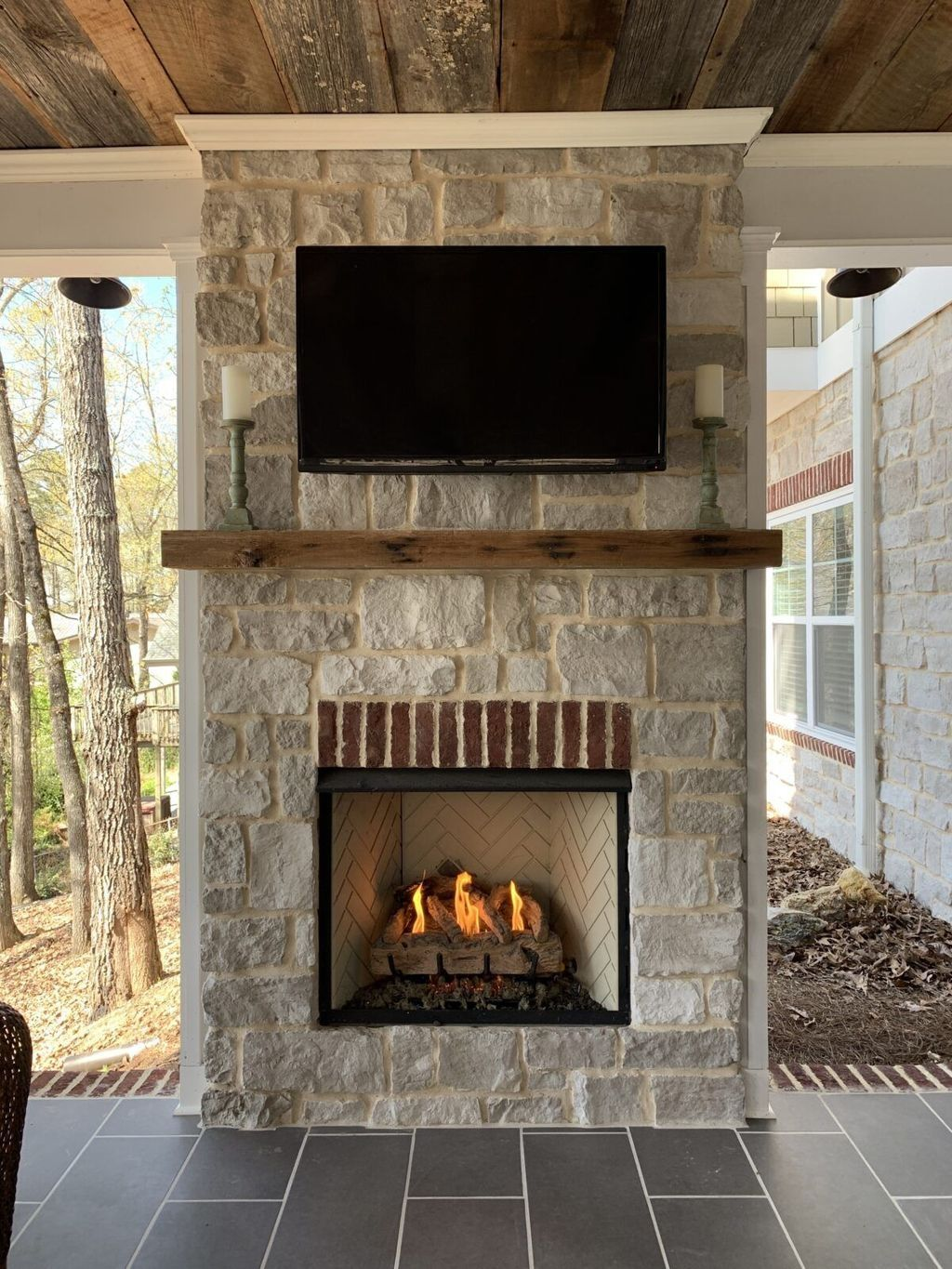 Stylish 20 Fantastic Backyard Fireplace Ideas That Suitable For