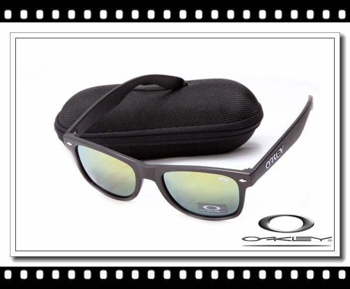 94975451f4a8b Oakley frogskins sunglasses matte black   emerald iridium  13.00 ...