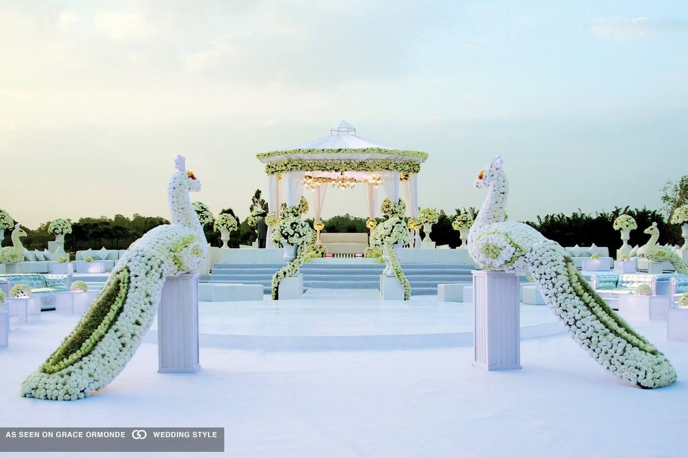 New style wedding stage decoration  Pin by Yugna Shah on Decor  Pinterest  Wedding stage Wedding