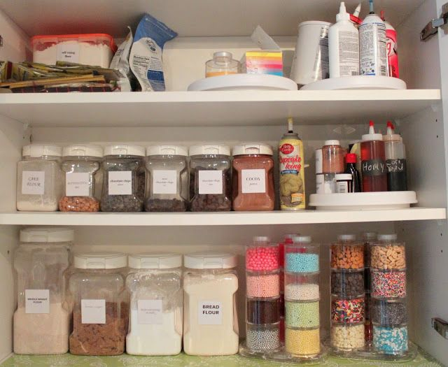 Organized Baking Closet! Functional and pretty!! Organizing IdeasStorage ... & Organized Baking Closet! Functional and pretty!! | Organize ...