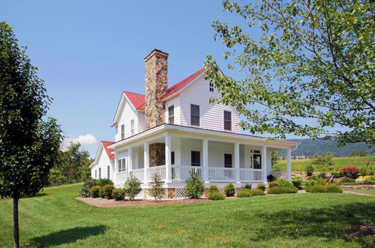 40 Classic Country Farmhouse Design Ideas With Images Farm Style House Farmhouse Style House Farmhouse Exterior