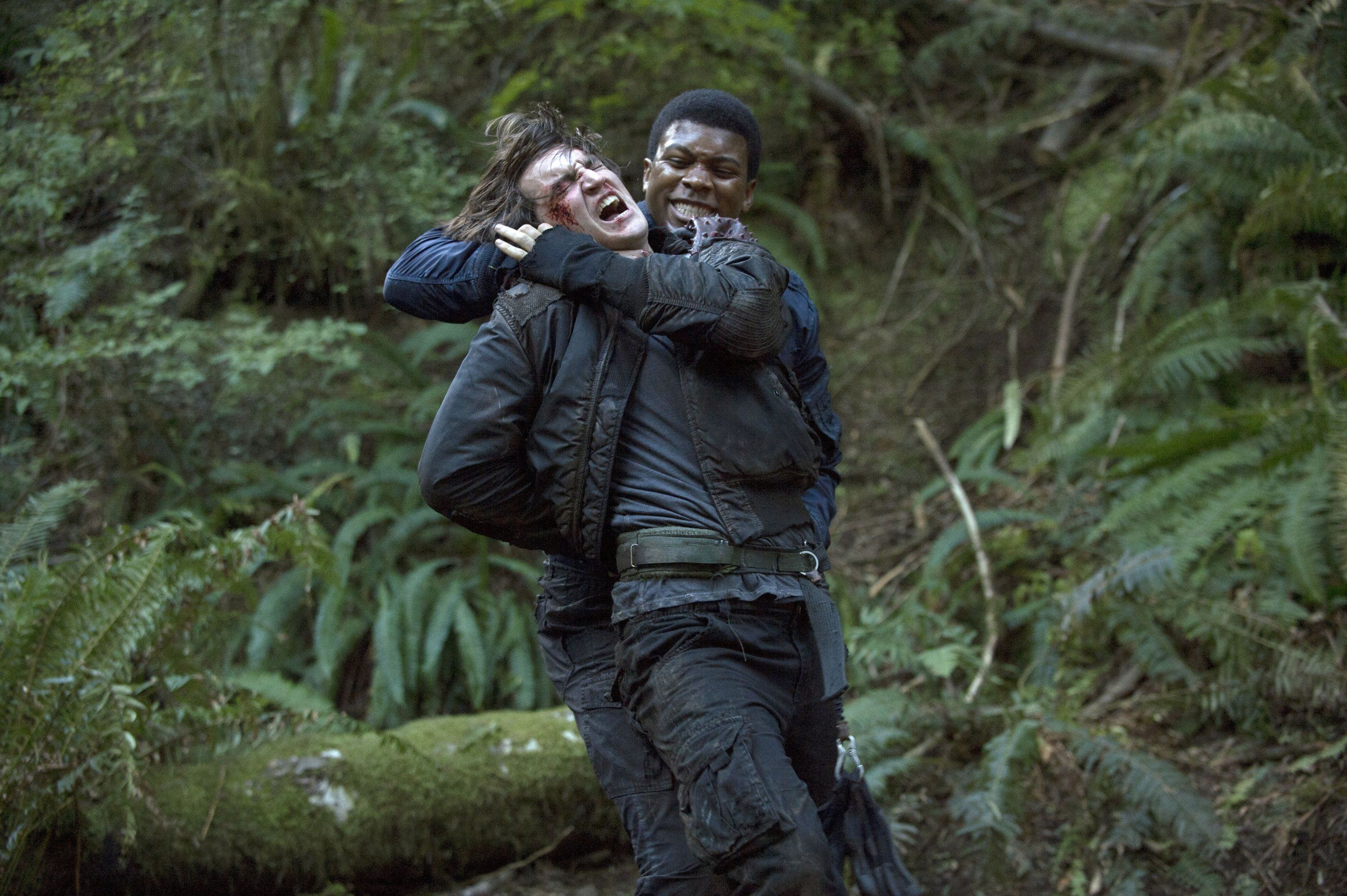 The 100 - Season 1 Episode 2 Still | The 100 | The 100, The