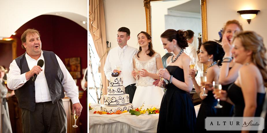 What a beautiful wedding! (Love birds cake design)