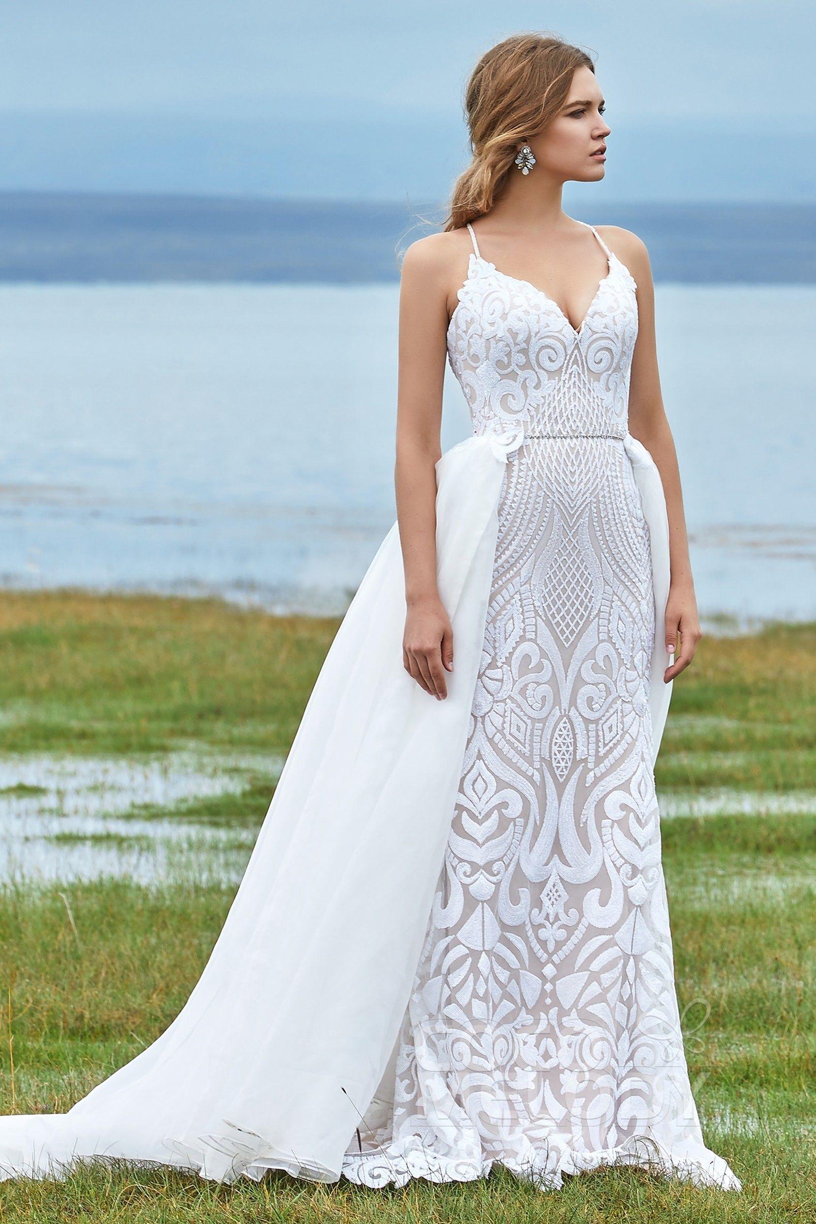 Hochzeitskleid im Meerjungfrau Stil mit Spitze & Hofschleppe