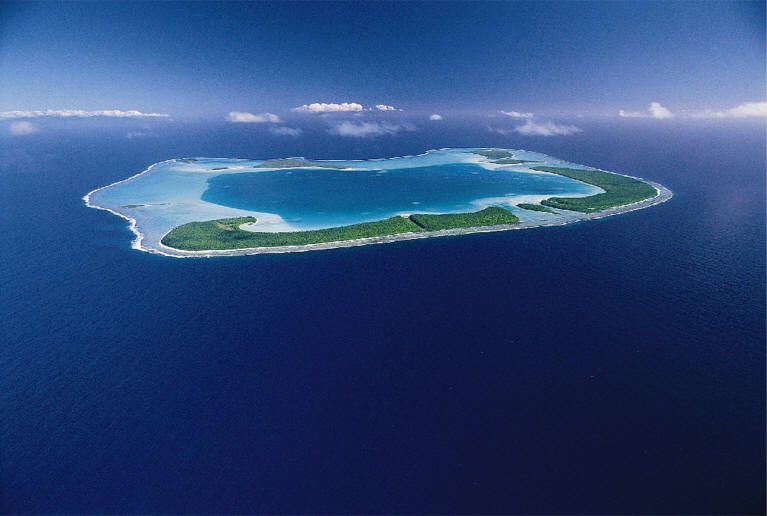 Tuamotu Islands | ... to not a single non-coral rockin sight and all sand at the Tuamotus