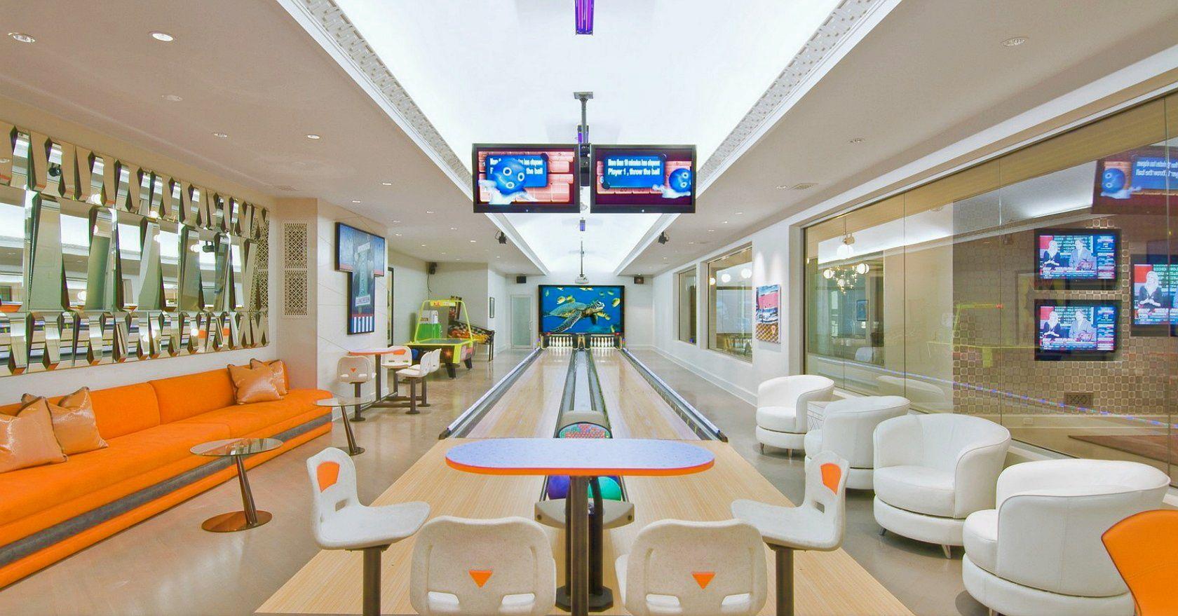 Inside Huge Houses celebrity houses interior design ideas - home bunch | movie room