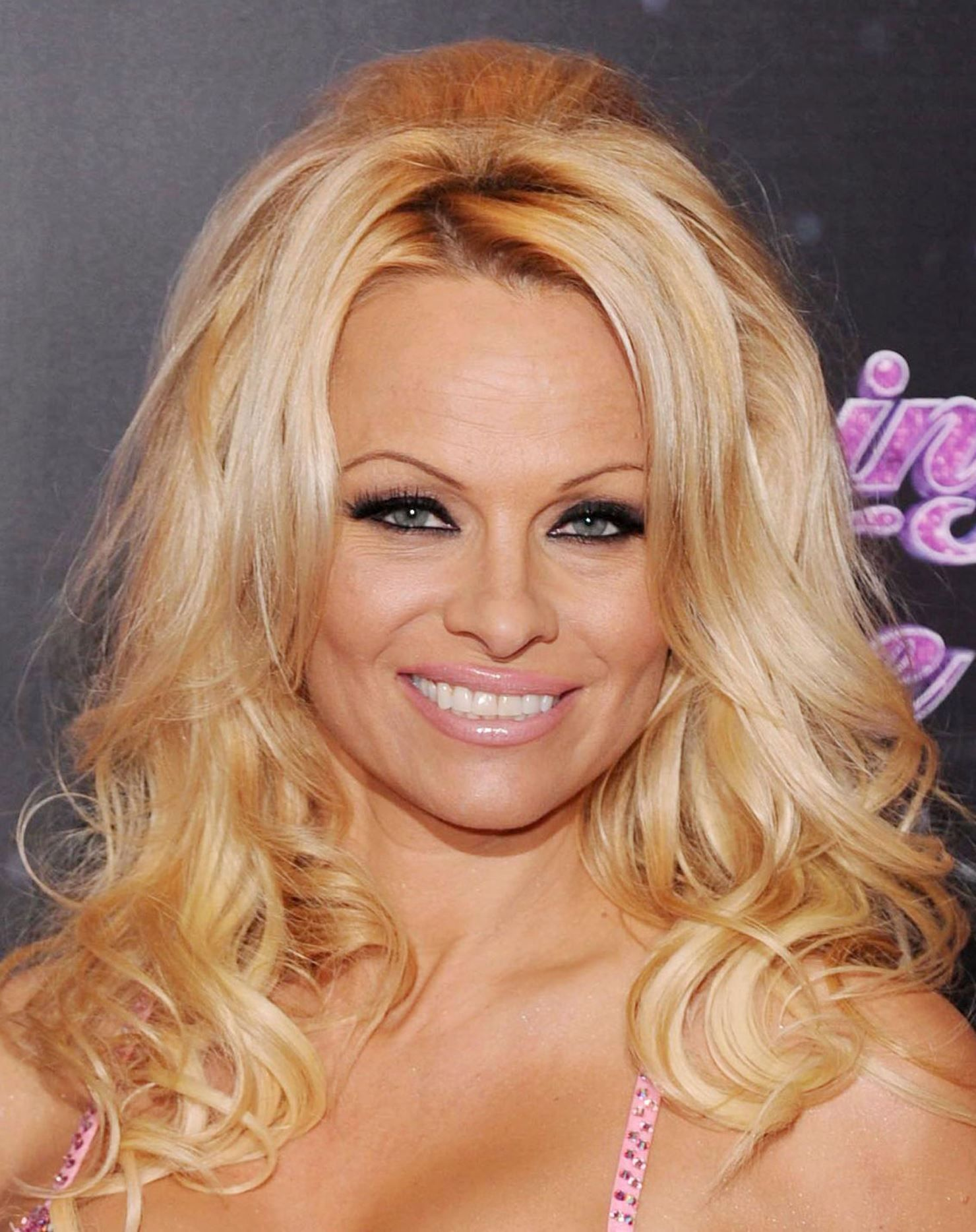 Pamela Anderson (naturalized American citizen)