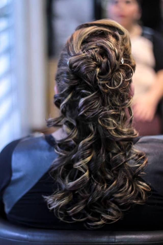 #penteadodemadrinha #bride #brasil #hair #cabelo #casamento #cabeleireira #inspiraçao #beautiful  #beauty #beleza #mulher #linda #wedding #inspiration #penteados #top #look #hairstylist