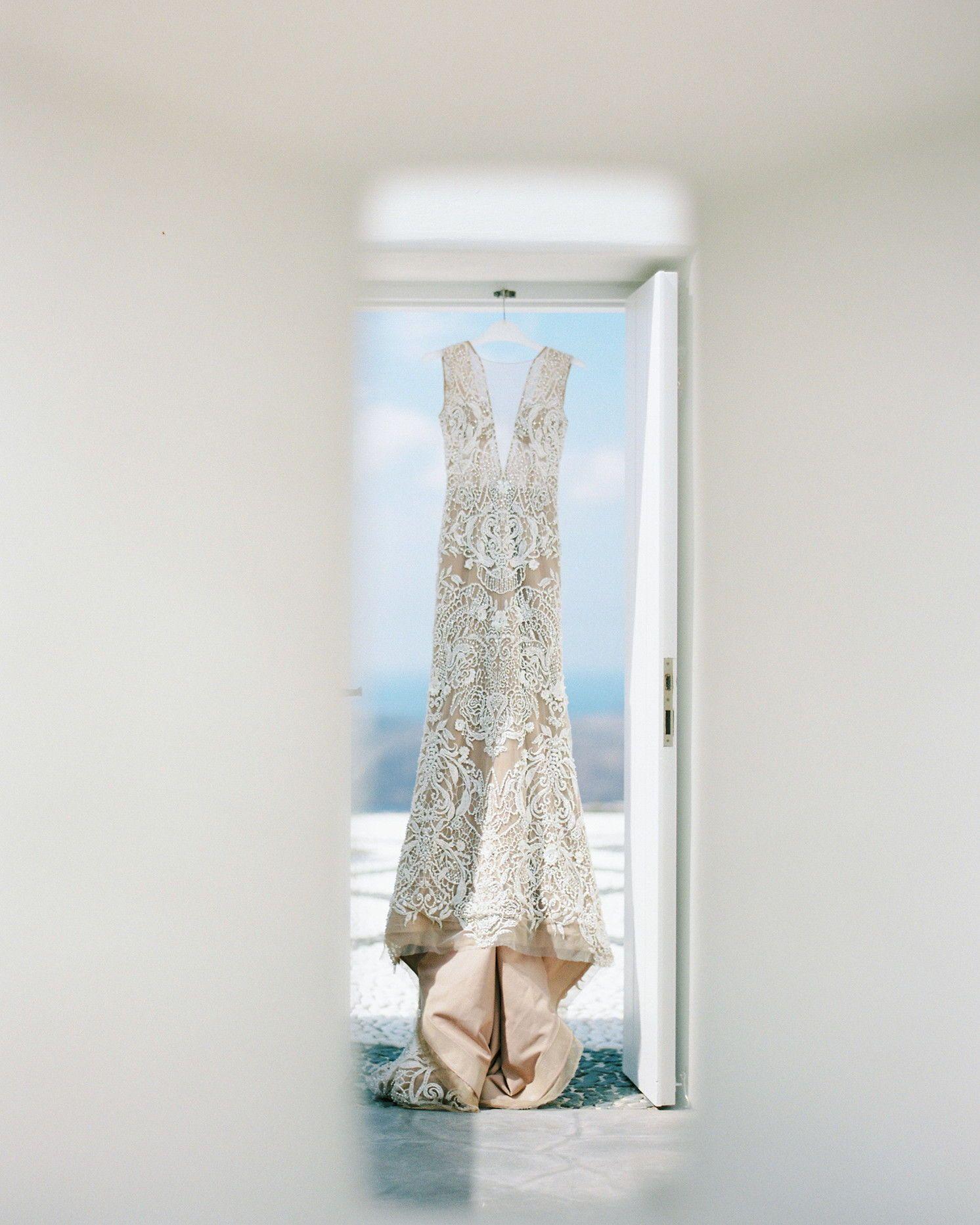 Real Greek Weddings: A Breathtaking Oceanside Wedding In Santorini