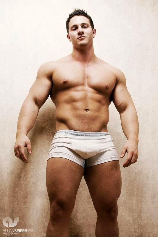 Bulliger adretter Junge nackt, Große Brüste echte Teen nackt blinkende Gifs