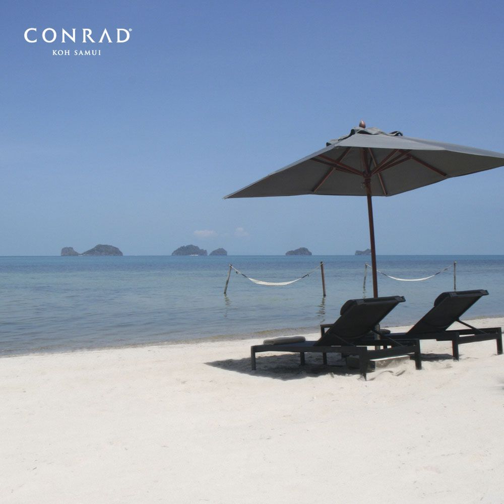 Lounging On The Beach And Enjoy The Sea Breeze And Oceanview Of The Gulf Of Thailand At Conradkohsamui Resort Kohsamui Amazingthailand