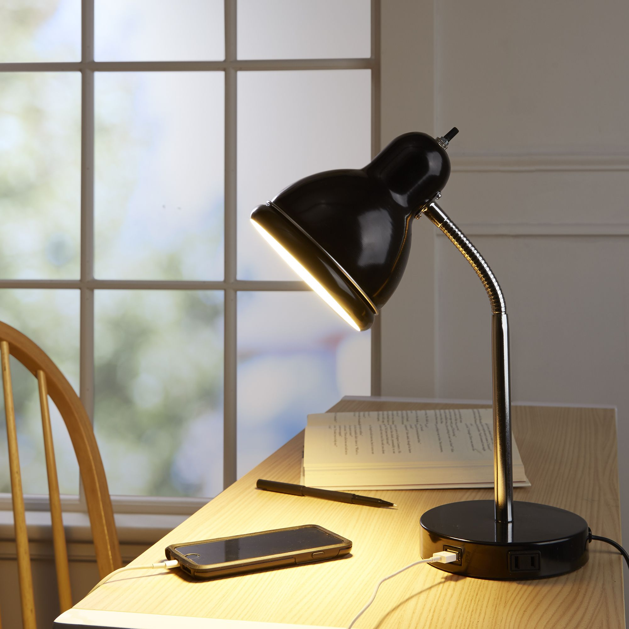 Battery Operated Desk Lamps Reviews (Best Cordless Floor
