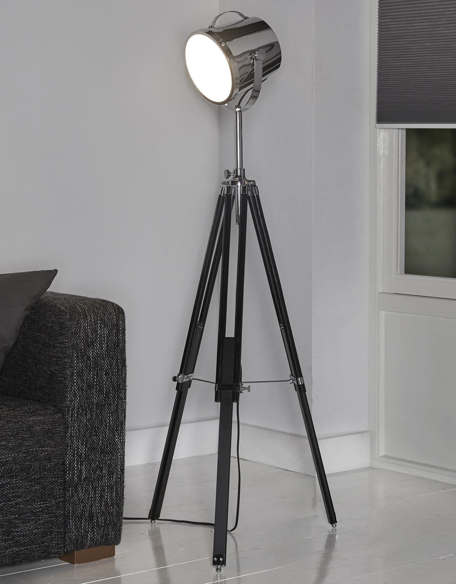Lampadaire Studio Noir Apportera Une Touche Industrielle A Votre Salon Lampadaire Lampadaire Salon Meuble Tv Style Industriel