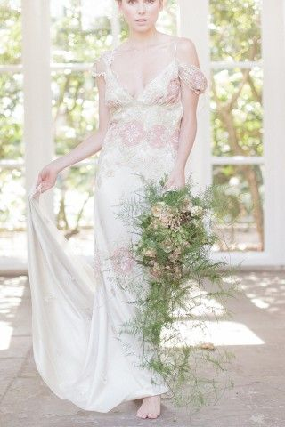Genevieve Wedding Gown By Claire Pettibone Photography Sarah Gawler Claire Pettibone Wedding Gowns Designer Wedding Dresses Lace Wedding Dress Vintage
