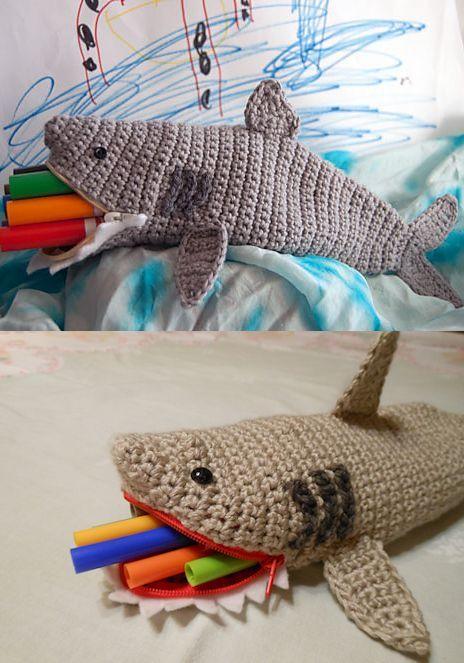 SHARK WEEK! Free pattern and crochet roundup | rekin | Pinterest ...