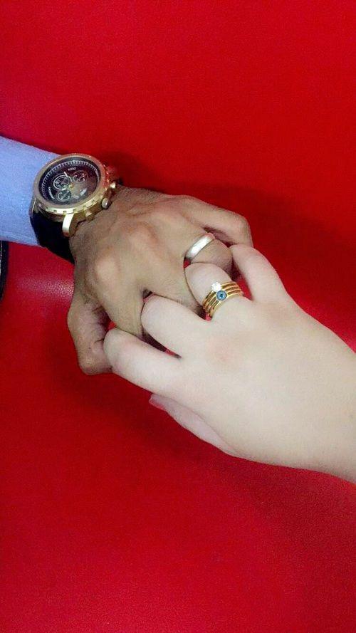 صور خطوبة احلي صور للتعبير عن الخطوبة للفيس بوك وتويتر تهنئه خطوبة Cute Couple Selfies Engagement Images Cute Muslim Couples