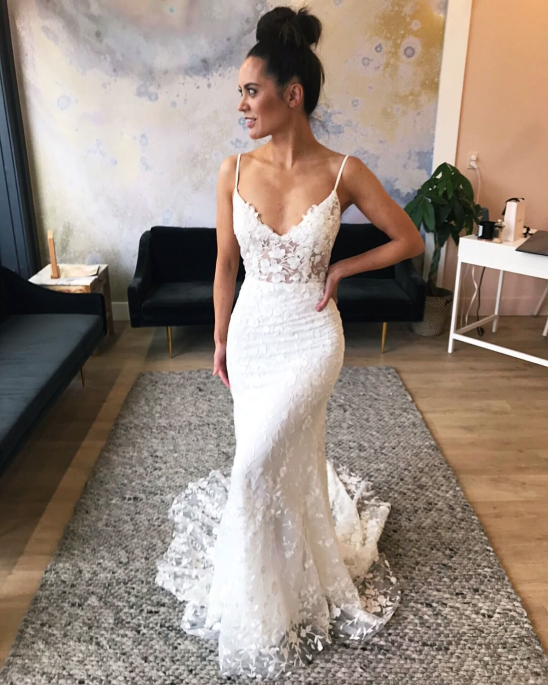 Sun S Out Bun S Out We Mean Topknots Silly Get Your Mind Out Of The Gutter Bec By Emmy Mae Wedding Dresses Lace Wedding Dresses Dream Wedding Dresses [ 1350 x 1080 Pixel ]