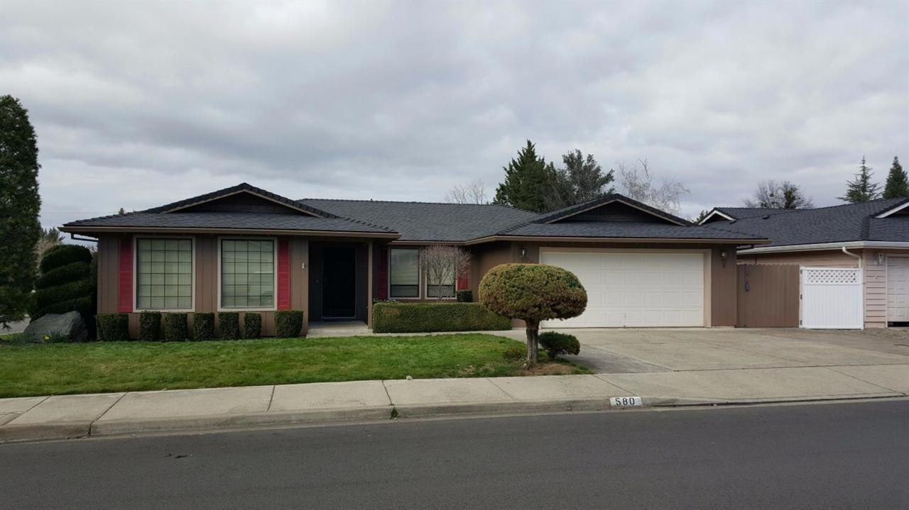 Great house and floor plan in Medford, Oregon! The Ford Team is here to help you find the best house for you!