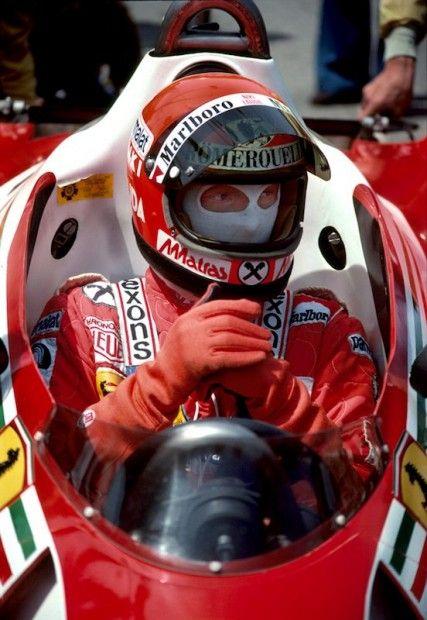 13 Niki Lauda Ferrari F1 Lngbch 427x620 Look Into The Eyes Driver Retrospective Photo Gallery Formula 1 Car Classic Racing Cars Formula 1
