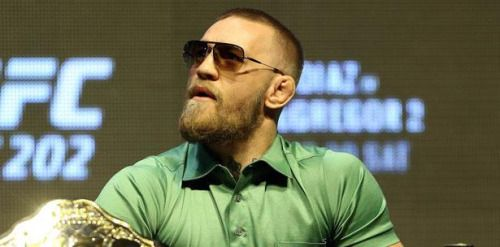.@TheNotoriousMMA sale con otra perreta: https://t.co/Rxpdq0xdWb...