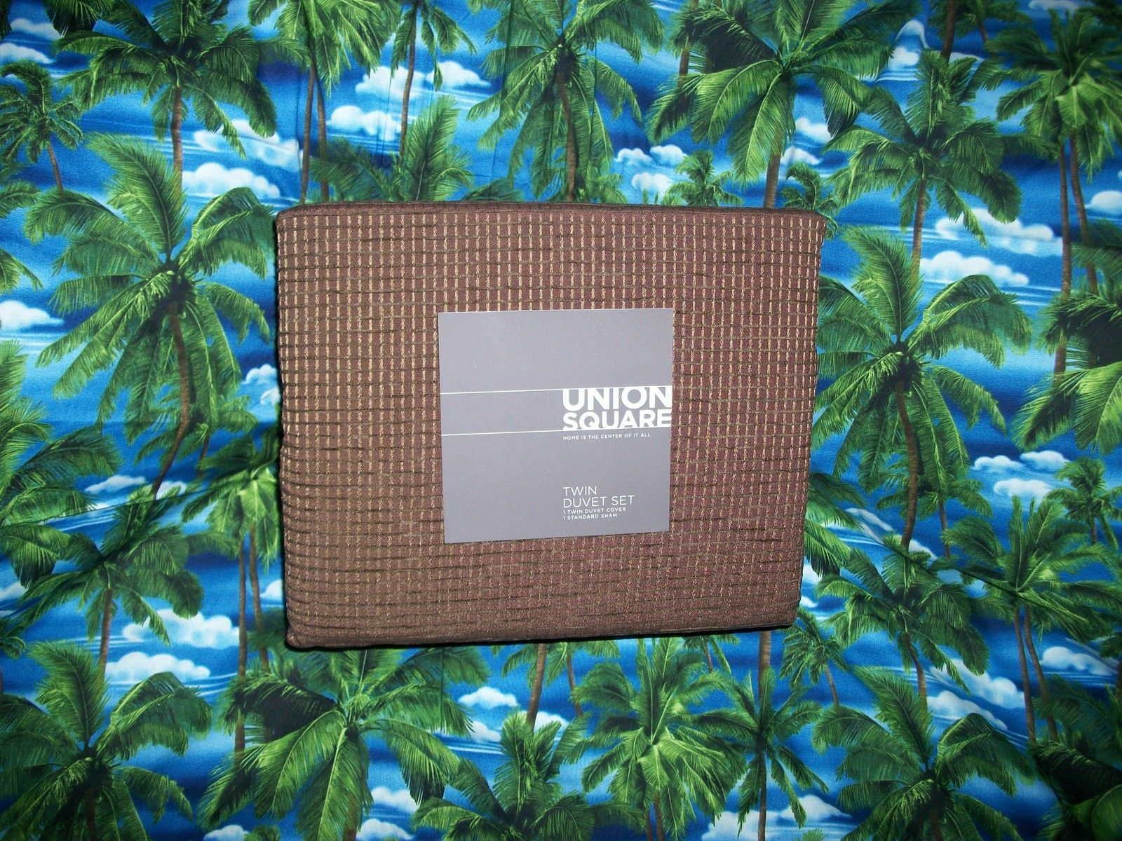 UNION SQUARE CHOCOLATE TWIN DUVET SET NIP