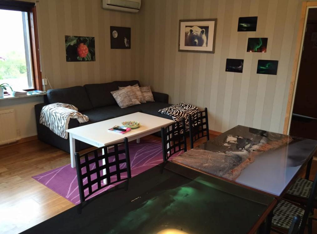 Drei Zimmer Privatwohnung 50 80 M 3 Zimmer Wohnung Das Erdgeschoss Verfugt Uber 3 Dreibettzimmer Mit Doppelbett Und Etagenbett In Jedem Oder D