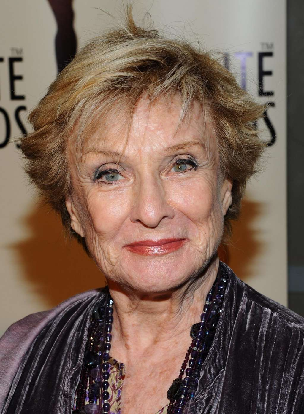 Left Handed Celebrities Left Handed Celebrities Cloris Leachman
