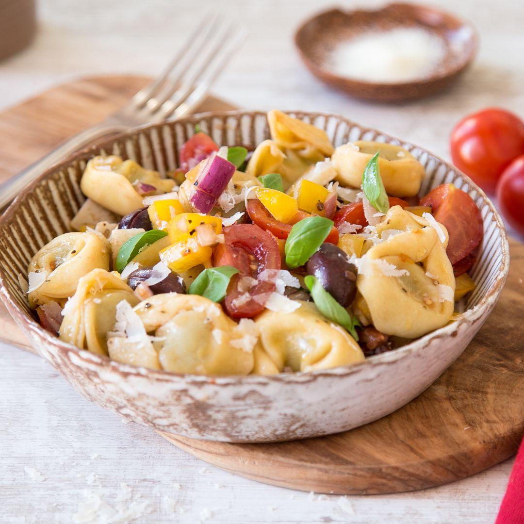 von klassisch bis mediterran 21 nudelsalate mit und ohne mayo salat tortellini salat und. Black Bedroom Furniture Sets. Home Design Ideas