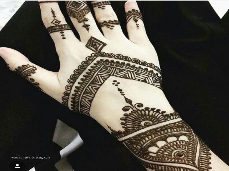 25 Magnificent Henna Cuff Designs For Inspiration