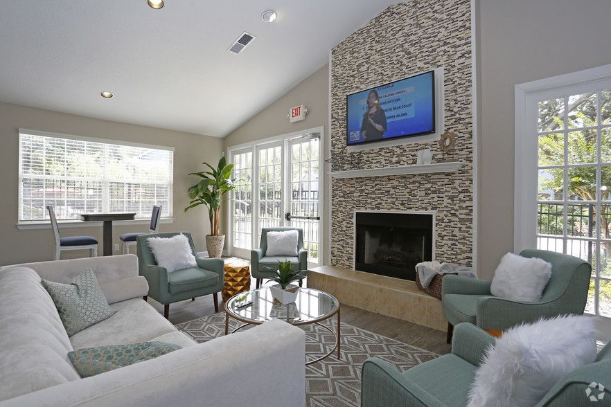 See All Available Apartments For Rent At Stonegate Apartments In Palm Harbor Fl Stonegate Apartments Has Hudson Furniture Palm Harbor Florida Florida Condos