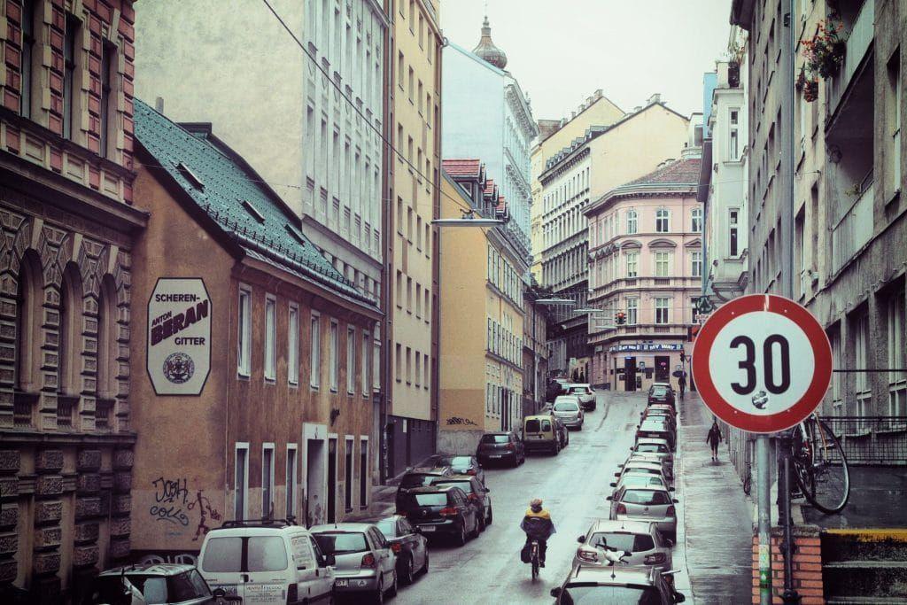 5 Favourite Vintage Shops In Vienna Austria Vintage Shops Vintage Outfits Vintage