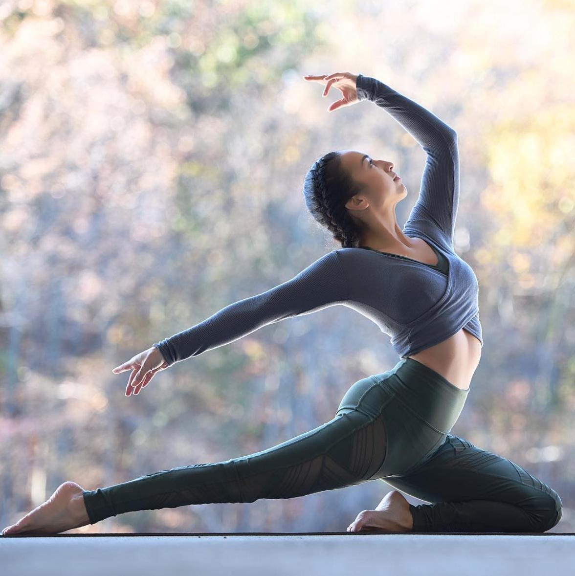 секреты позы йоги для фотосессии собой одно отделение