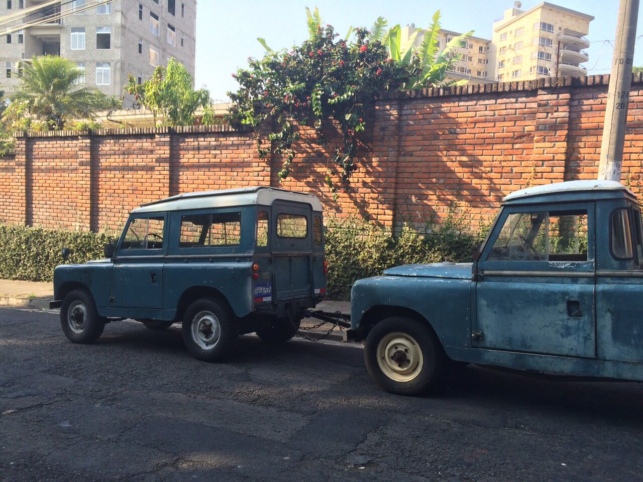 Land Rover Series Iia Towing Series Ii El Salvador Land Rover Series Land Rover Van