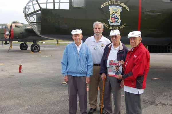 Doolittle Raiders – 71 Years After Their Historic Tokyo Raid » Armchair General