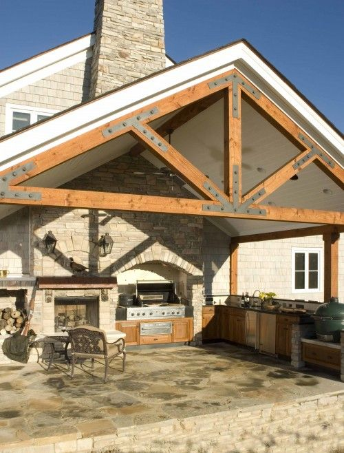 Outdoor Kitchen Roof