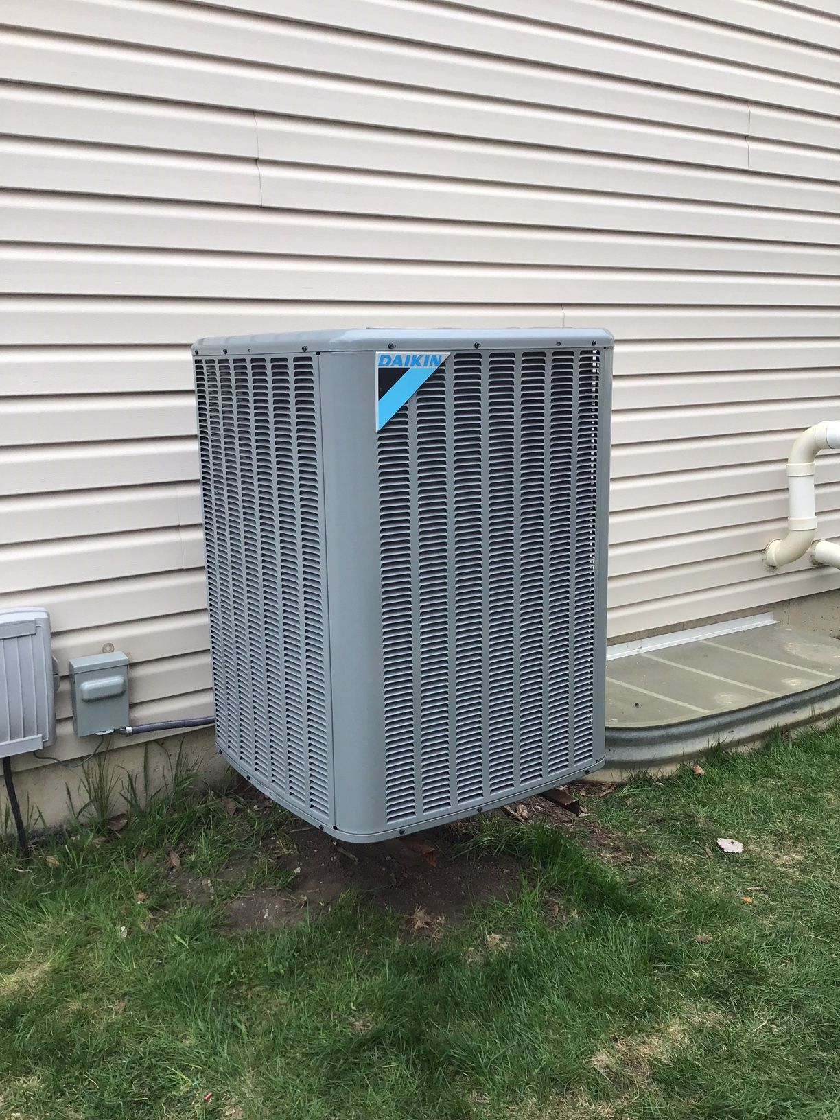 Daikin 16 Seer Air Conditioning System Installed In Elgin Il