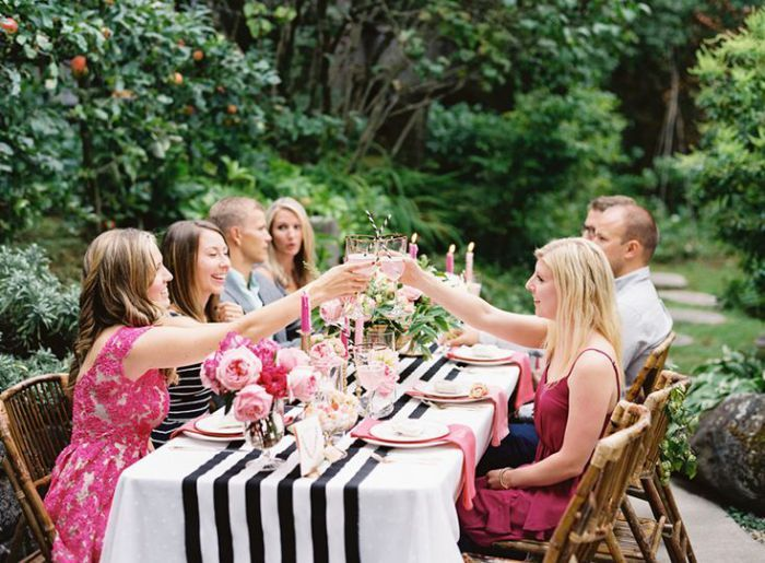 Tablescape For Black And Pink A Modern Whimsical Backyard Party