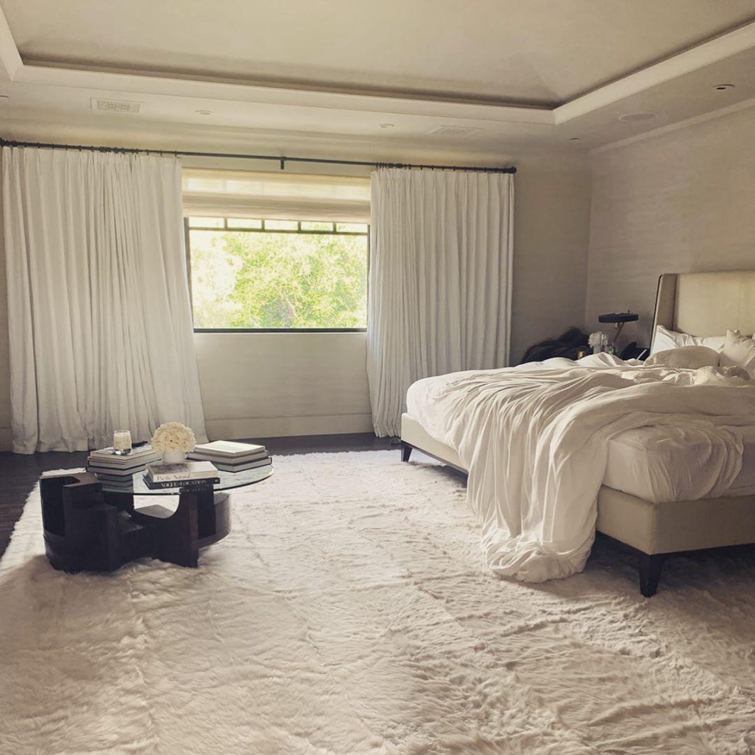 Kourtney Kardashian On Instagram Days At Home Kardashian Bedroom Decor Bedroom Updates Dreamy Room Kourtney kardashian bedroom pictures