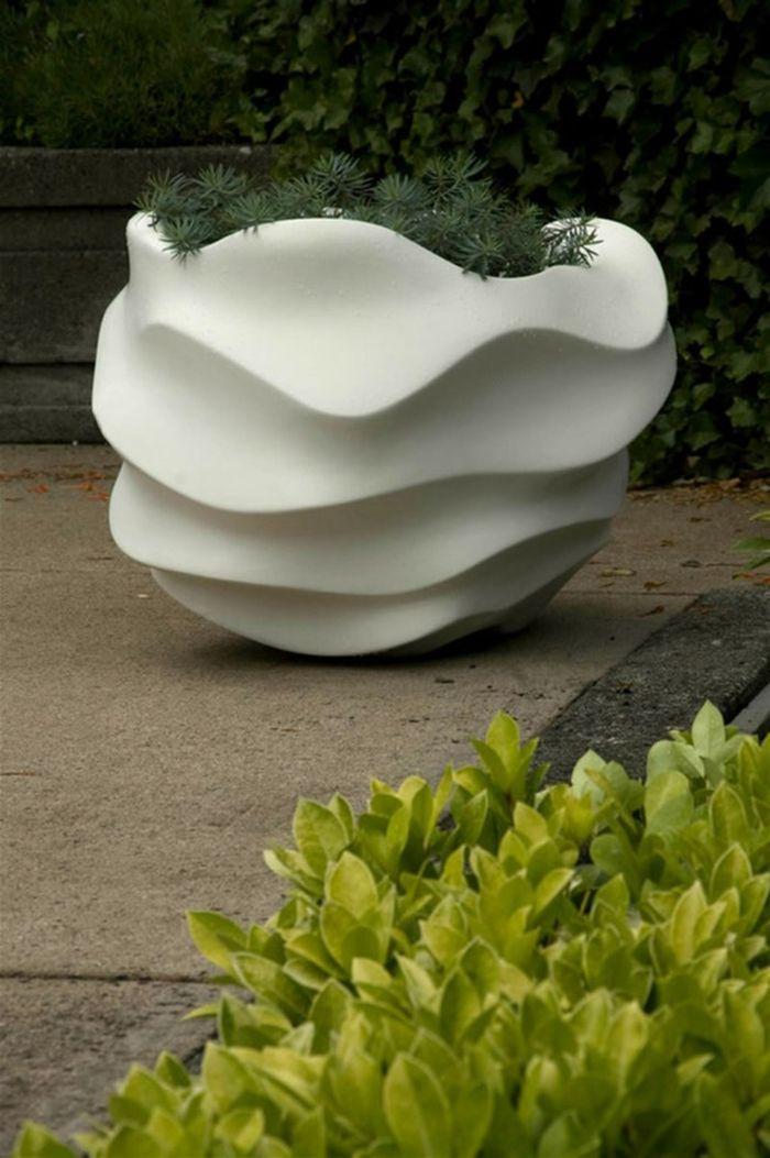 Moderne Pflanzkübel große pflanzkübel lassen den garten großartig erscheinen pflanzkübel