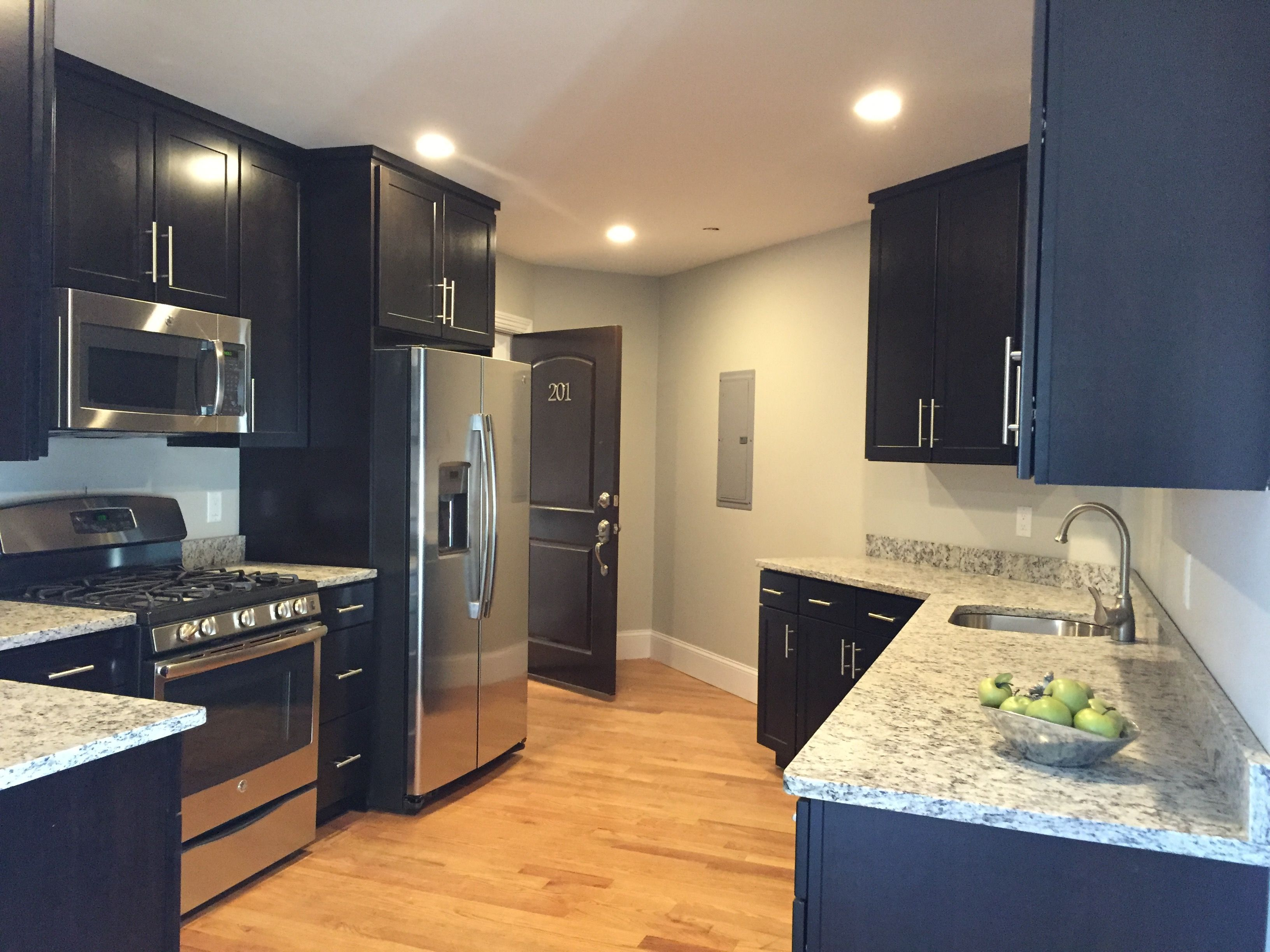 14 First Class Small Kitchen Remodel Granite Ideas In 2020 Cheap Kitchen Remodel Kitchen Remodel Layout Simple Kitchen Remodel