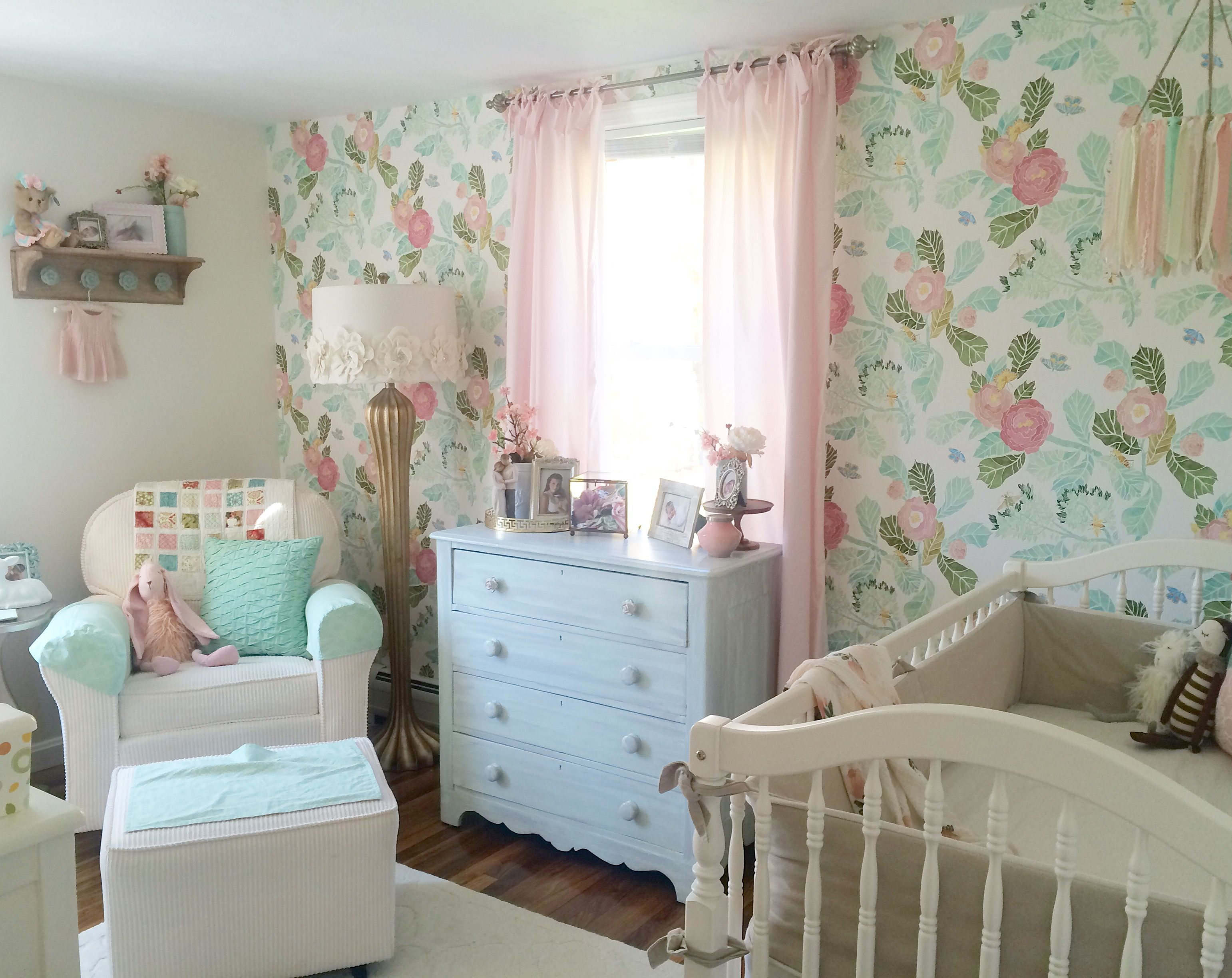 Shabby chic wall decor nursery - A Mint Pink And Gold Nursery It Is Shabby Chic Vintage Elegant
