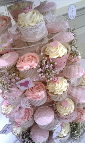 Vintage Shabby Chic Wedding Cupcake Tower Hochzeit