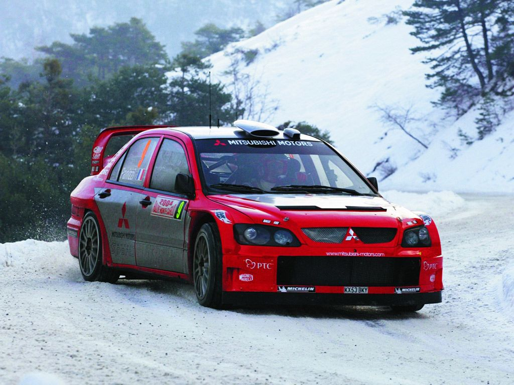 Mitsubishi lancer in the snow