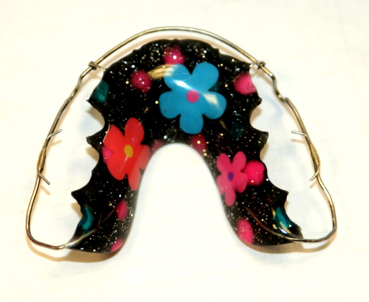 Flower Power...with sparkels!!!!!   Our Patients\' Designs ...