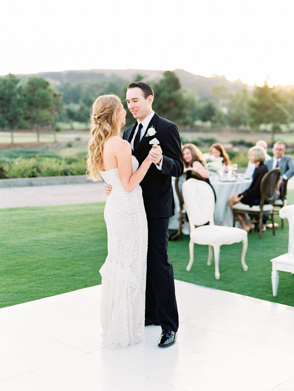 Del Mar Country Club Wedding With A Classic Ivory And Green