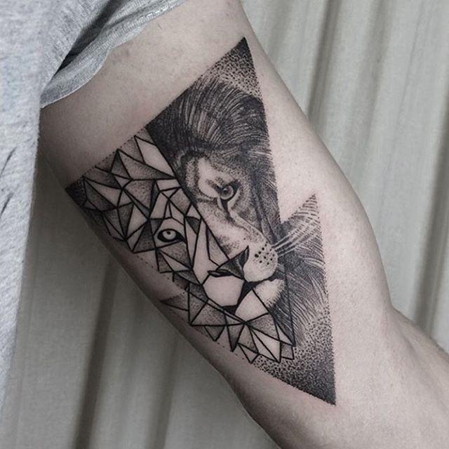 Klaudia Holda On Instagram Lion Lionhead Liontattoo Geometric Geometriclion Geometrictattoo Dots Dotwork Geometric Lion Tattoo Tattoos Trendy Tattoos