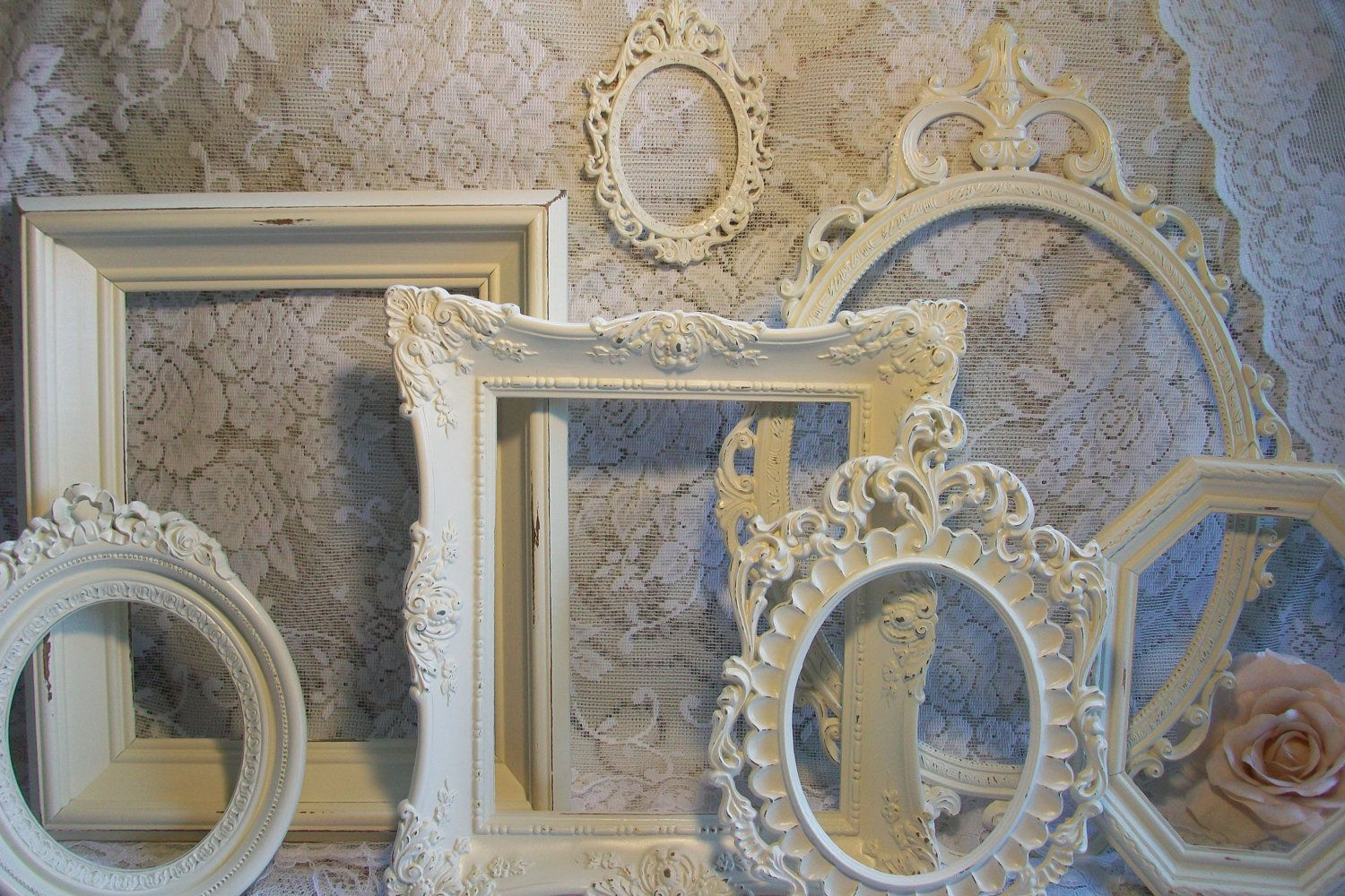 wall decOr with picture frames Frames, Victorian