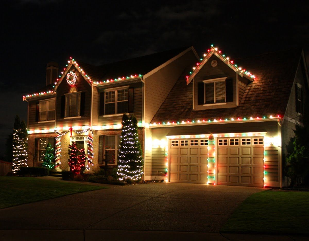 red white green christmas lights
